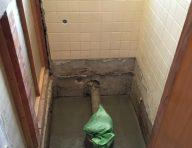 施工中です<br /> 床下はコンクリートを打設し湿気を防ぎます